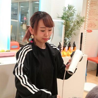 これから美容師・理容師を目指す後輩にアドバイスとエールをお願いします。