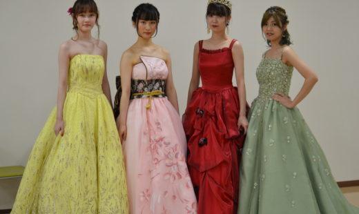 ドレスショー開催!!